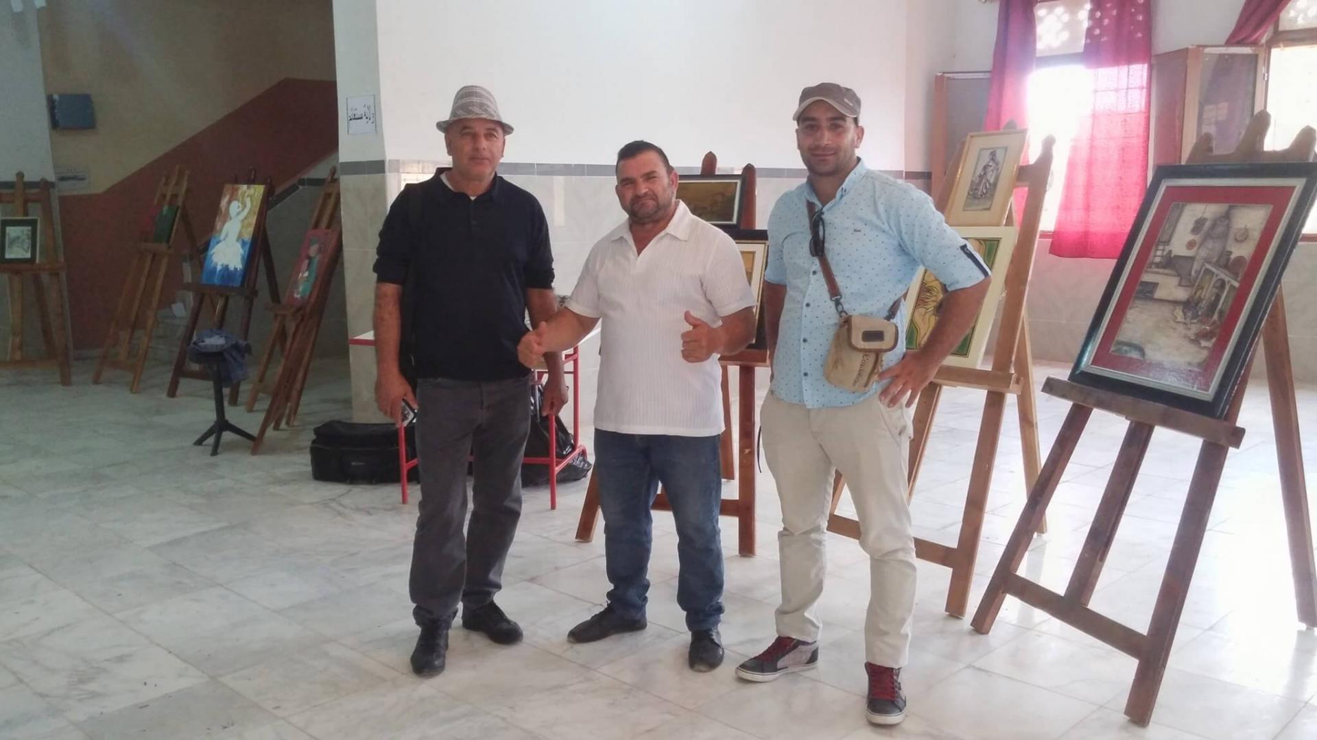 Redouane Bouzidi avec des exposants